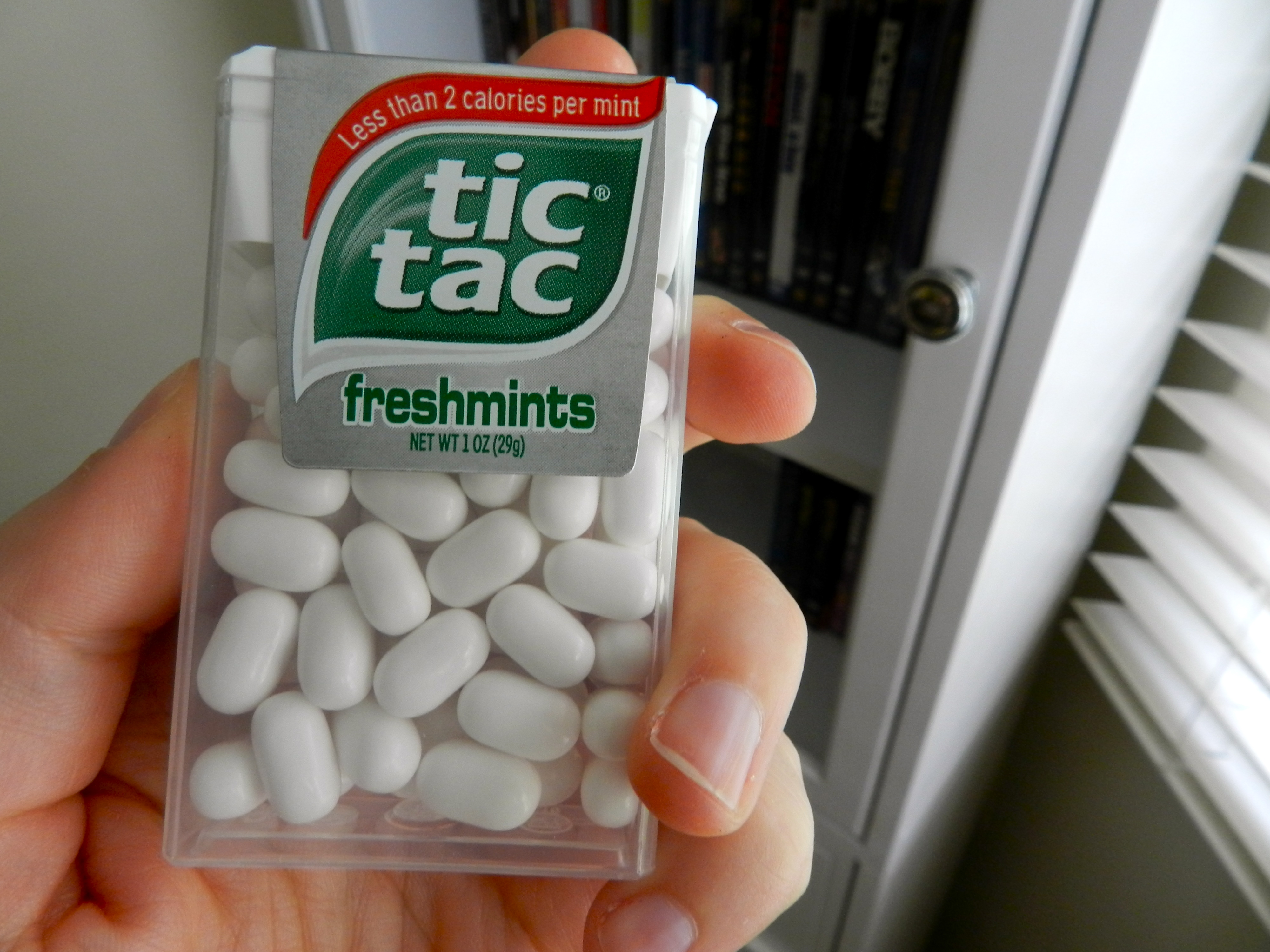 how to open tic tacs